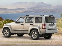Jeep Liberty, 4 of 5