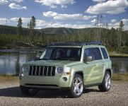 Jeep Patriot EV, 1 of 6