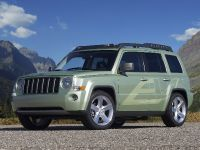 Jeep Patriot EV, 2 of 6