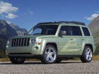 Jeep Patriot EV, 2 of 6
