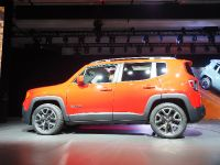 thumbnail image of Jeep Renegade New York 2014