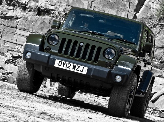 Kahn CJ 300 Expedition Jeep