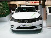 thumbnail image of Kia ceed Hybrid Frankfurt 2011