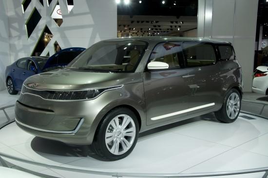 Kia KV7 Concept MPV Detroit