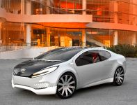 Kia Ray Plug-in Hybrid concept, 3 of 12