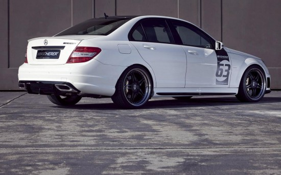Kicherer Mercedes C63 AMG White Edition