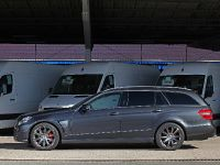 KTW Mercedes-Benz E-class Estate, 8 of 11