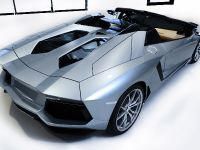 Lamborghini Aventador LP 700-4 Roadster, 14 of 27