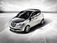 Lancia Ypsilon Diamond, 2 of 4