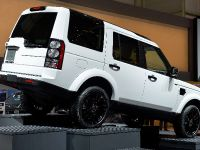 thumbnail image of Land Rover Discovery Geneva 2014