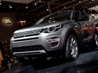thumbnail image of Land Rover Discovery Sport Paris 2014
