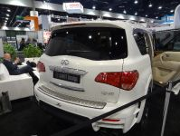 LARTE Design Infiniti QX80 at 2014 Sema Show in Las Vegas, 5 of 10
