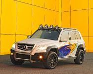 Legendary Motorcar Mercedes-Benz GLK Rock Crawler, 3 of 4