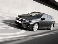 Lexus CT 200h 2011, 18 of 22