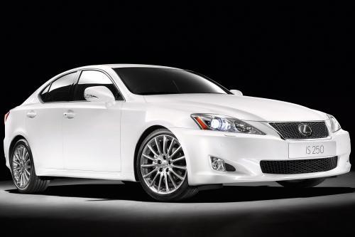 Lexus IS range - лучше смотреть и удовольствие от вождения