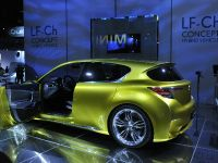 thumbnail image of Lexus LF-Ch Los Angeles 2009