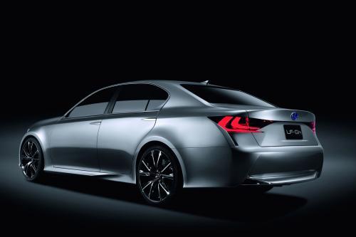 Lexus LF-Gh Hybrid Concept unleashed