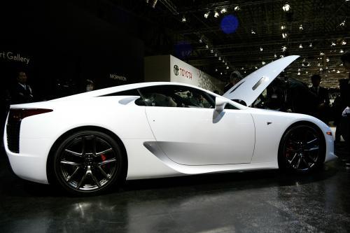 Lexus LFA будет хит с нами в ближайшее время