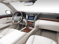 Lexus LS 600h, 3 of 7