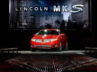Lincoln MKS, 4 of 10
