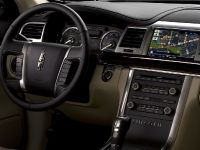 Lincoln MKS, 9 of 10
