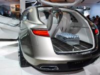 thumbnail image of Lincoln MKT Concept Detroit 2008