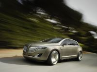 Lincoln MKT Concept, 2 of 17
