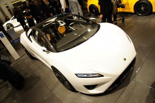 2015 Lotus Elise на Парижском автосалоне - 350PS и 1095kg - приятно!