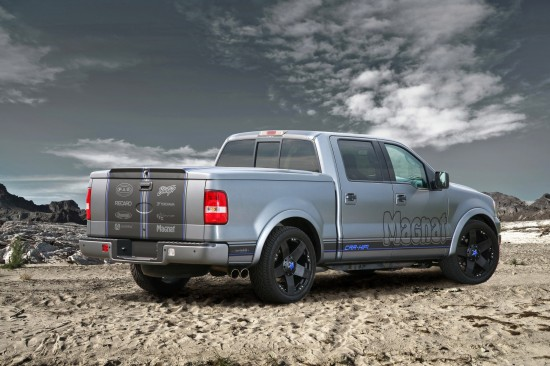 Magnat Ford F-150 show pick-up truck