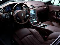Maserati GranTurismo S Automatic, 3 of 40