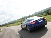 Maserati GranTurismo S Automatic, 20 of 40