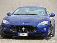 Maserati GranTurismo S Automatic, 25 of 40