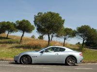 Maserati GranTurismo S Automatic, 33 of 40