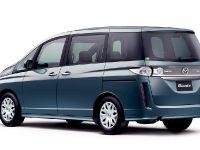 Mazda Biante Minivan, 7 of 12