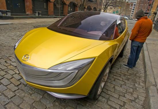 https://cdn1.automobilesreview.com/img/mazda-hakaze-concept/slides/mazda-hakaze-concept-03.jpg