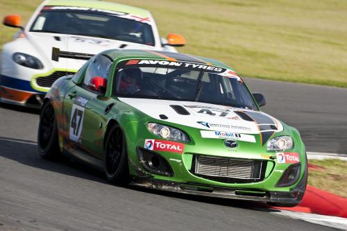 Mazda MX-5 GT4 Race Car теперь клиент построен