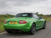 Mazda MX-5 Sport Black Limited Edition Roadster Coupe, 3 of 4