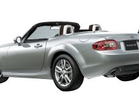 Mazda Roadster VS RHT, 5 of 6