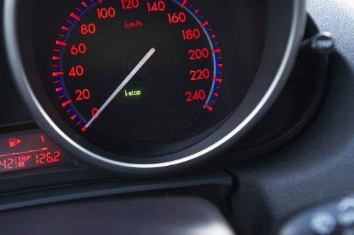"""Mazda3 + i-stop \"""" зеленые \"""" технологии для новой Mazda3"""