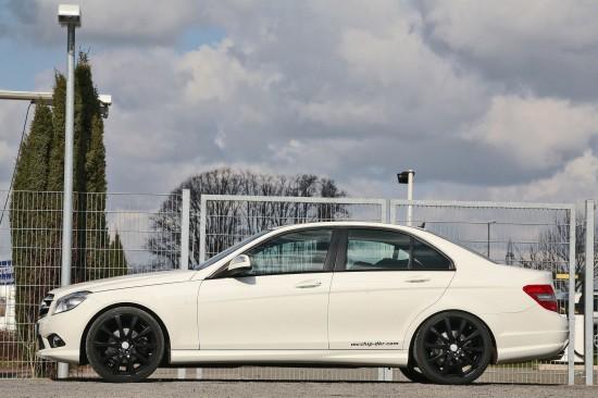 mcchip-dkr Mercedes-Benz C-Class White-Series