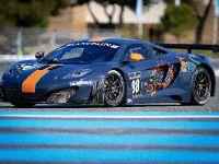 McLaren MP4-12C GT3 at the race track, 2 of 7
