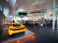 McLaren MP4-12C GT3 Conference, 16 of 26