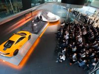 McLaren MP4-12C GT3 Conference, 18 of 26