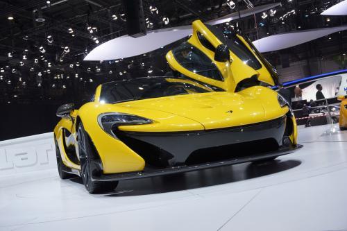 Разработанный воздуха: McLaren P1 [видео]