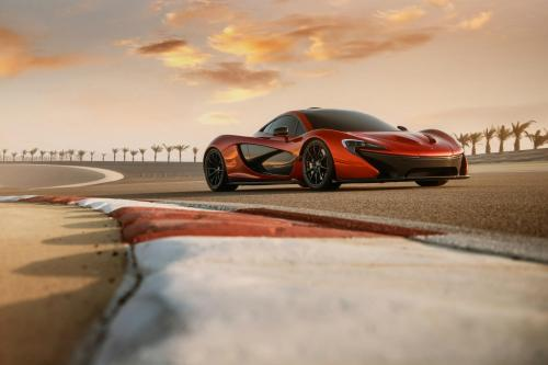 McLaren P1 in Bahrain, 1 of 10