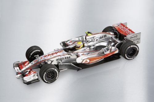 Mercedes-Benz Accessories GmbH представлена в 2008 Motorsports коллекции