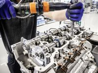 Mercedes-Benz AMG 4.0 liter V8 Bi-Turbo, 7 of 10