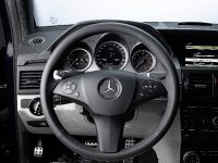 Mercedes-Benz makes in-car iPhone connection, 4 of 7