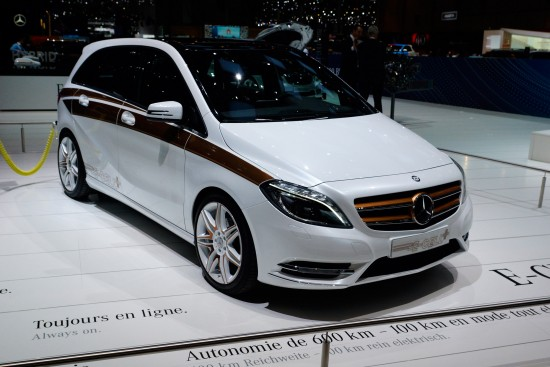 Mercedes-Benz B-Class E-CELL Plus Concept Geneva