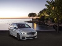 Mercedes-Benz B-Class Electric Drive, 1 of 7
